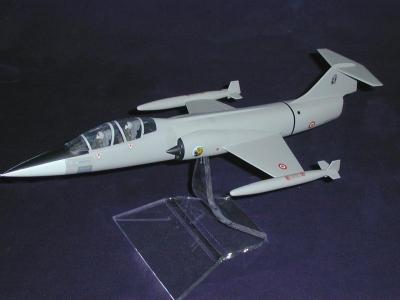 TF 104 GRIGIO AMI