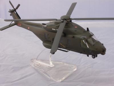 NH 90 TTH ARMY
